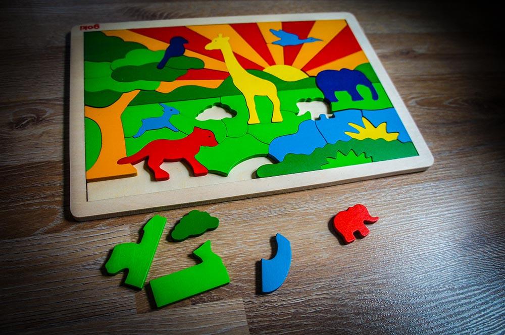 Goki Holz Einlege Puzzle